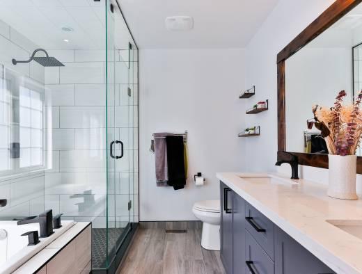 身支度タイムをもっと快適に!洗面台鏡面裏のスッキリ収納アイデア